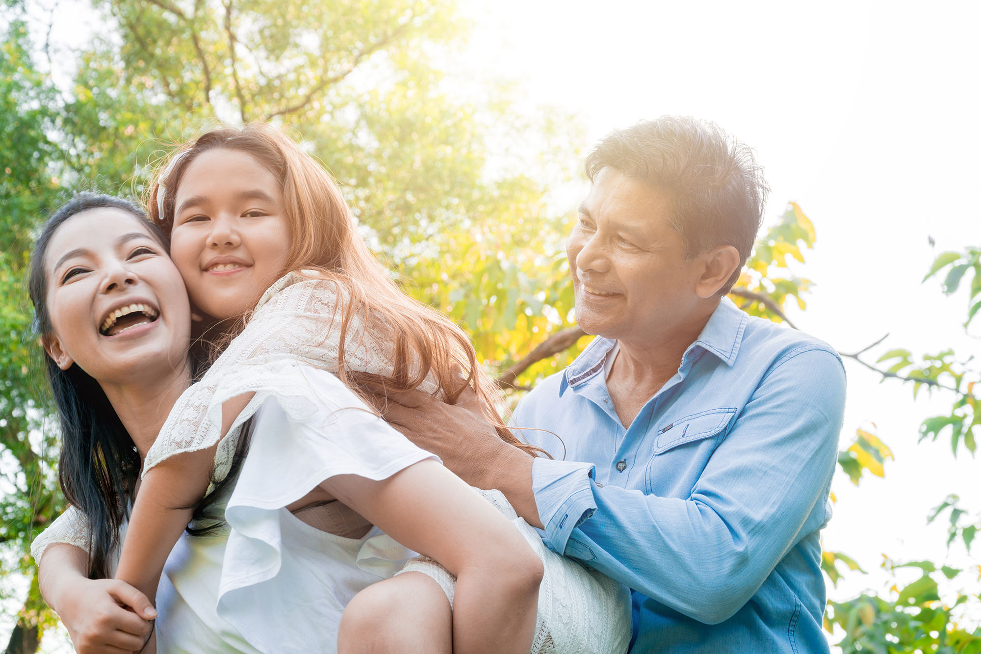 family portrait mother father child tips photography