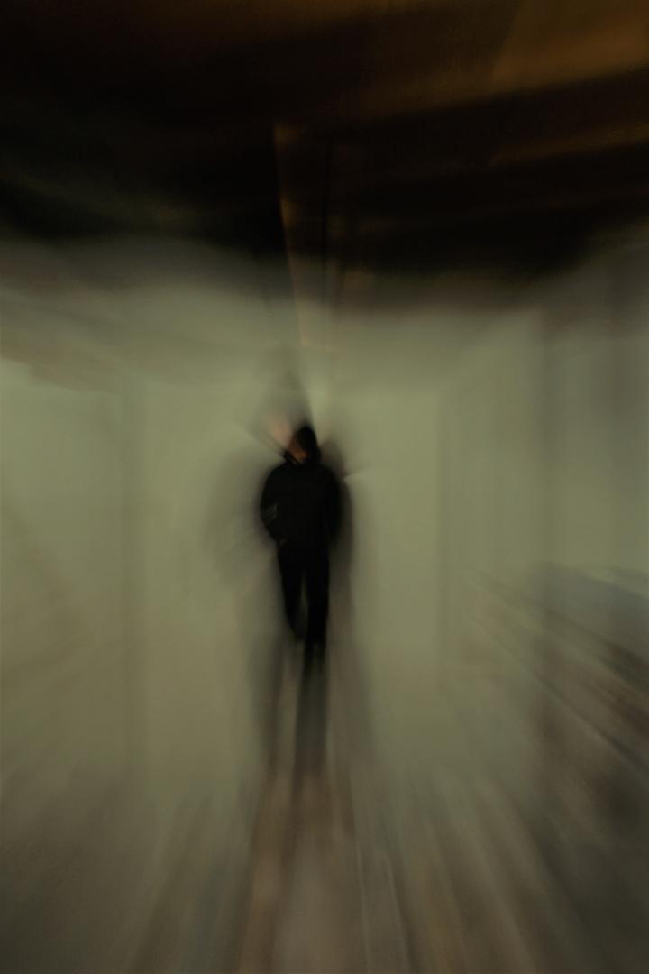 zoom burst long exposure portrait blur