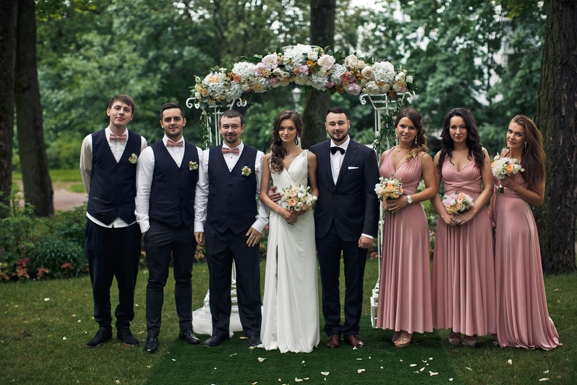 wedding party photography tips