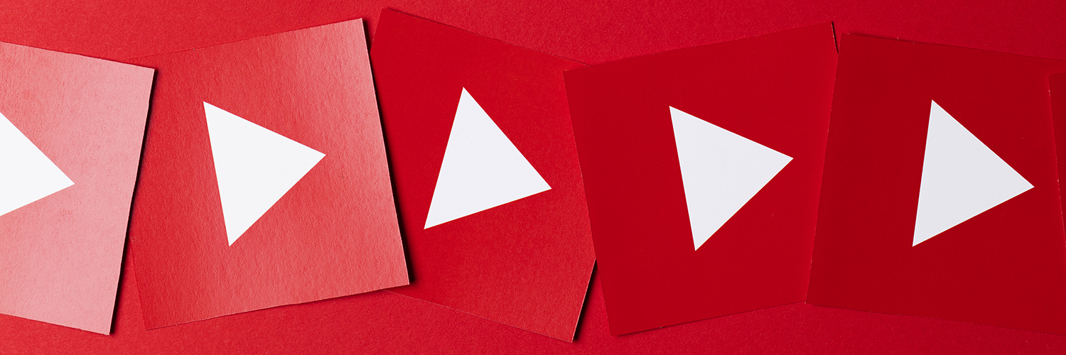 banner arrows red