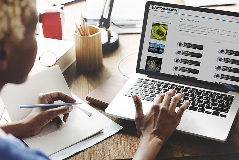 study online course laptop with iphotography course training learn photography